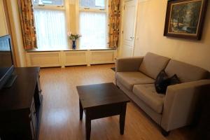Bekijk woning te huur in Den Haag Meidoornstraat, € 1300, 75m2 - 332550. Geïnteresseerd? Bekijk dan deze woning en laat een bericht achter!