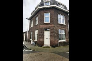 Bekijk woning te huur in Maastricht Meerssenerweg, € 1495, 180m2 - 332115. Geïnteresseerd? Bekijk dan deze woning en laat een bericht achter!