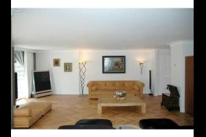 Bekijk woning te huur in Den Haag Laan van Wateringse Veld, € 1750, 151m2 - 332232. Geïnteresseerd? Bekijk dan deze woning en laat een bericht achter!