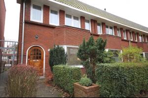 Bekijk woning te huur in Groningen Star Numanstraat, € 1475, 145m2 - 330790. Geïnteresseerd? Bekijk dan deze woning en laat een bericht achter!